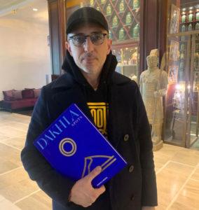 Parution : Gad Elmaleh promeut l'ouvrage Dakhla Spots